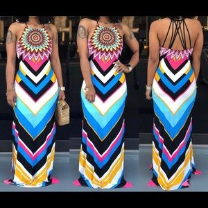 Dresses & Skirts - Gorgeous Maxi dress! It has a stretch to it! NEW!!